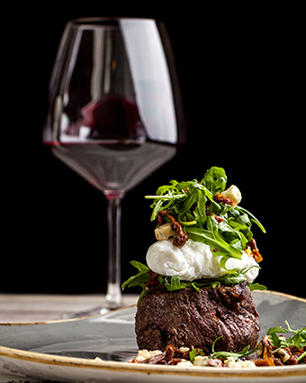 Gourmet beef and wine with our gourmet box
